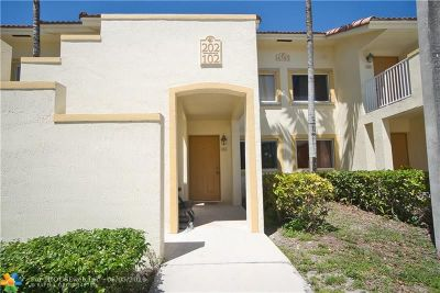 Davie Condo/Townhouse For Sale: 4785 SW 62 Ave #102