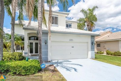 Deerfield Beach Single Family Home For Sale: 4771 NW 7th St