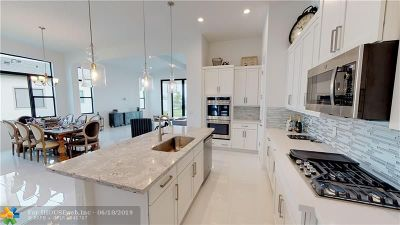 Boynton Beach Single Family Home For Sale: 9108 Grand Prix Ln