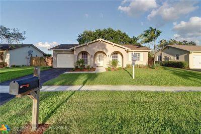 Sunrise FL Single Family Home For Sale: $329,000