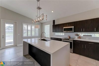 Coral Springs Single Family Home For Sale: 5143 NW 121st Dr