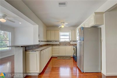 Miramar Single Family Home For Sale: 7500 Indigo St