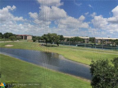 Pembroke Pines Condo/Townhouse For Sale: 901 SW 128th Ter #409A