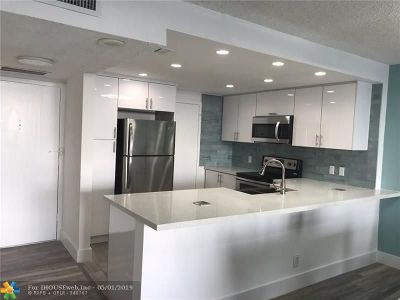 Broward County Condo/Townhouse For Sale: 3800 S Ocean Drive #624
