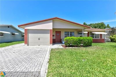 Tamarac Single Family Home For Sale: 6517 NW 58th St