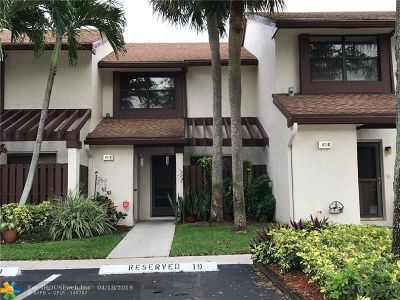 Coconut Creek Condo/Townhouse For Sale: 4315 N Carambola Cir #4315