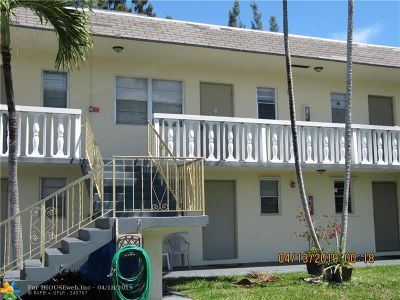 Hollywood Condo/Townhouse For Sale: 1551 N 12th Ct #2B