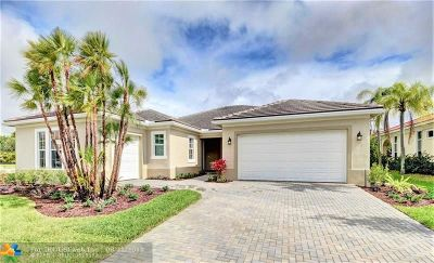 Boynton Beach Single Family Home For Sale: 9533 Captiva Cir
