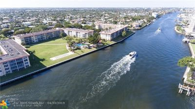 Lighthouse Point Condo/Townhouse For Sale: 3180 NE 48th Ct #305