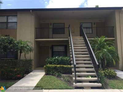 Deerfield Beach Condo/Townhouse For Sale: 1290 S Military Trl #421