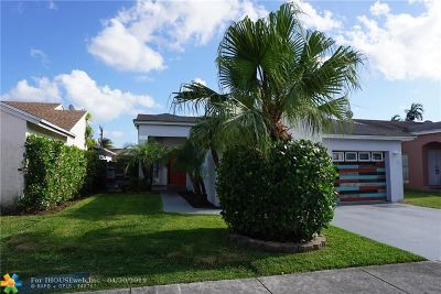Miami Single Family Home For Sale: 14318 SW 103rd St