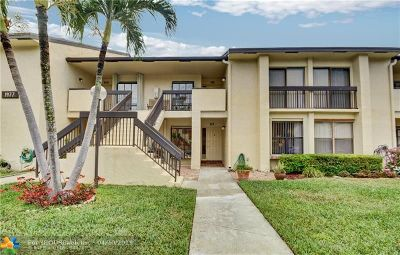 Deerfield Beach Condo/Townhouse For Sale: 1977 SW 15th St #117
