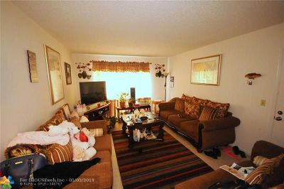 West Palm Beach Condo/Townhouse For Sale: 1500 N Congress Ave #B43