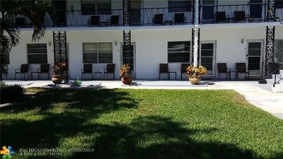 Deerfield Beach Condo/Townhouse For Sale: 2060 NE 1st St #13
