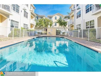 Wilton Manors Condo/Townhouse For Sale: 821 Old Florida Trl