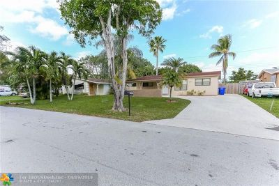 Broward County, Collier County, Lee County, Palm Beach County Rental For Rent: 2301 N 62nd Ave