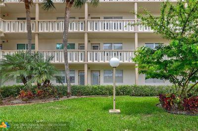Coconut Creek Condo/Townhouse For Sale: 3005 Portofino Isle #B4