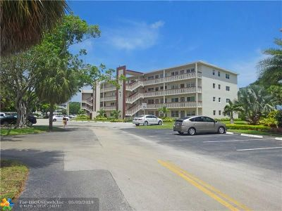 Deerfield Beach Condo/Townhouse For Sale: 417 Richmond C #417