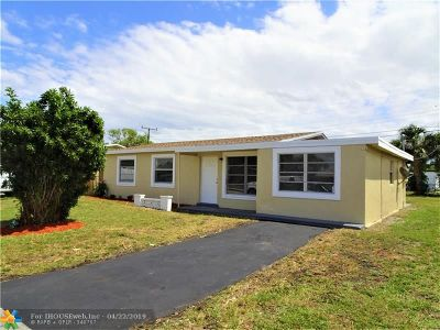 Lauderhill Single Family Home For Sale: 3354 NW 17th Ct