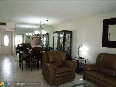 Margate Condo/Townhouse For Sale: 7305 NW 5th Ct #102