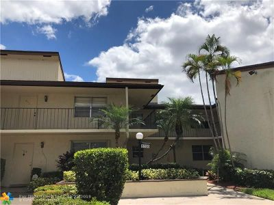 Tamarac Condo/Townhouse For Sale: 8760 Holly Ct #203