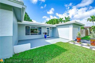 Oakland Park Single Family Home For Sale: 1330 NE 47th St