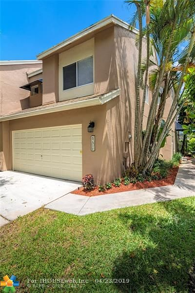 Boca Raton Condo/Townhouse For Sale: 6751 S Boca Pines Trl #F