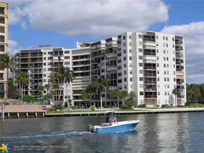 Pompano Beach Condo/Townhouse For Sale: 2900 NE 14th Street Cswy #707