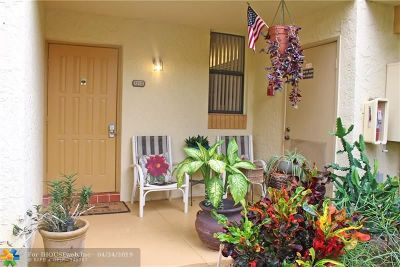 Deerfield Beach Condo/Townhouse For Sale: 1238 S Military Trail #1213