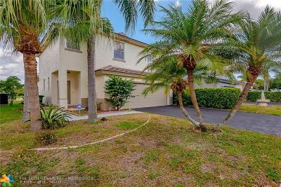 Tamarac Single Family Home For Sale: 6695 NW 69th Ct