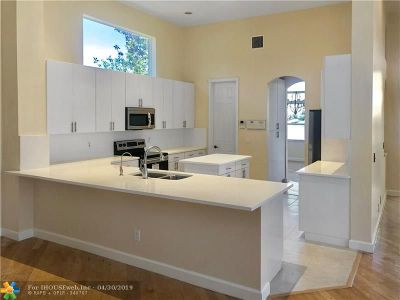 Pembroke Pines Single Family Home For Sale: 13777 NW 19th St