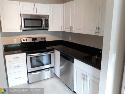 Delray Beach Condo/Townhouse For Sale: 598 Brittany M #598
