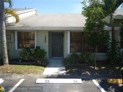 Sunrise FL Condo/Townhouse For Sale: $215,000