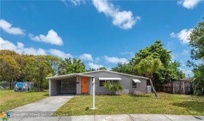 Oakland Park Single Family Home For Sale: 5950 NE 2nd Ter