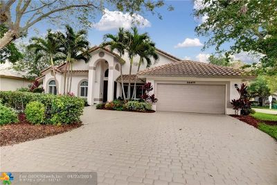 Coral Springs Single Family Home For Sale: 12477 Classic Dr