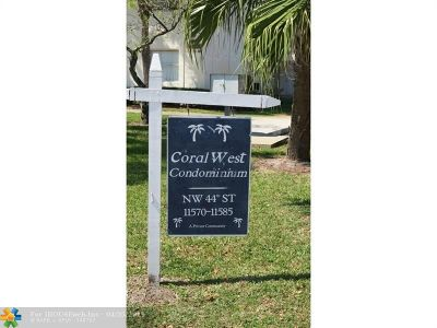 Broward County , Palm Beach County Condo/Townhouse For Sale: 11581 NW 44th St #11581