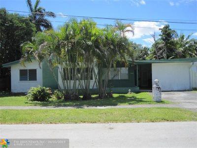 Single Family Home For Sale: 2570 NE 201st St