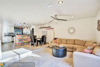 Broward County , Palm Beach County Condo/Townhouse For Sale: 7100 Woodmont Ave #3