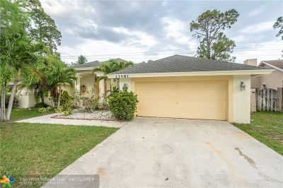 Wellington Single Family Home For Sale: 13481 Orchid Court