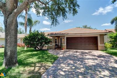 Coral Springs Single Family Home For Sale: 9261 NW 44th Ct