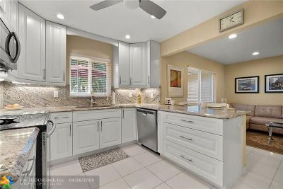 Pompano Beach Single Family Home For Sale: 4021 N Cypress Dr