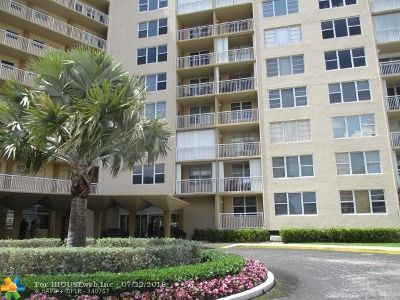Broward County Condo/Townhouse For Sale: 201 N Ocean Blvd #208