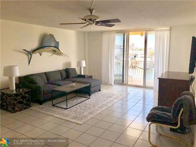 Fort Lauderdale Condo/Townhouse For Sale: 1 Las Olas Circle #214