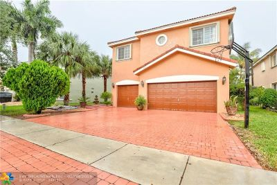 Pembroke Pines Single Family Home For Sale: 1483 SW 161st Ave