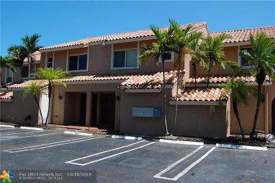 Coral Springs Condo/Townhouse For Sale: 8916 NW 38th Dr