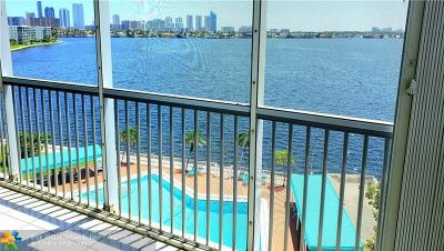 Aventura Condo/Townhouse For Sale: 2910 Point East Dr #M-614