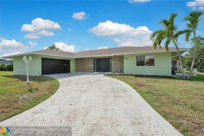 Tamarac Single Family Home For Sale: 5813 Australian Pine Dr