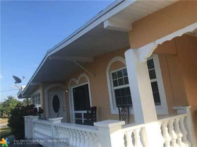 Pompano Beach Single Family Home For Sale: 1430 NE 41st Dr