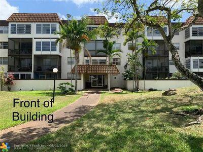 Plantation Condo/Townhouse Backup Contract-Call LA: 7100 NW 17th St #321