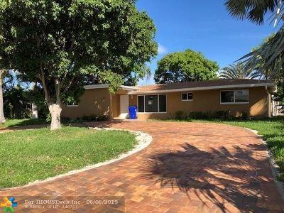 Pompano Beach Single Family Home For Sale: 1710 SW 4 Ave
